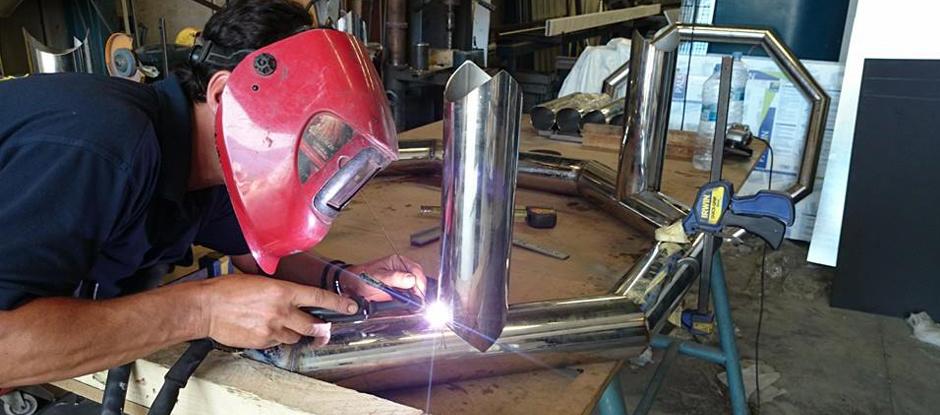 trabajos-de-acero-inoxidable-malaga-estructuras-metalicas-metalyforja